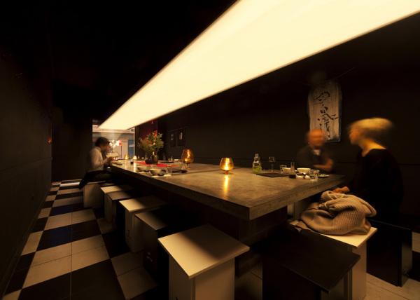 Ресторан японской кухни Uchi Lounge 01 в Австралии