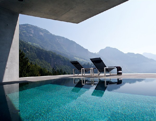 Жилой дом Villa Am See от Ungertreina в Швейцарии