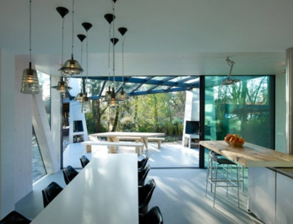 Villa Rotterdam - современный стиль в классическом образе.
