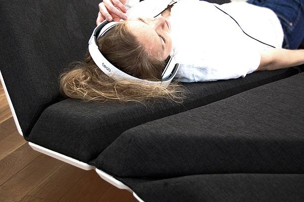 Диван Сay sofa от Александра Рена (Alexander Rehn)