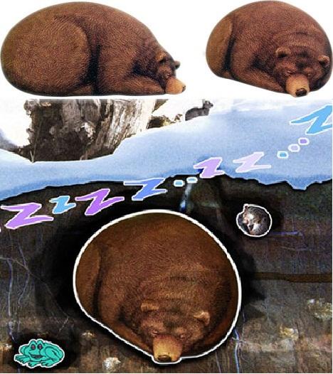 Мягкое сиденье Bear Chair и подушки Beaver-Gnawed Pillow Log от Chic Sin
