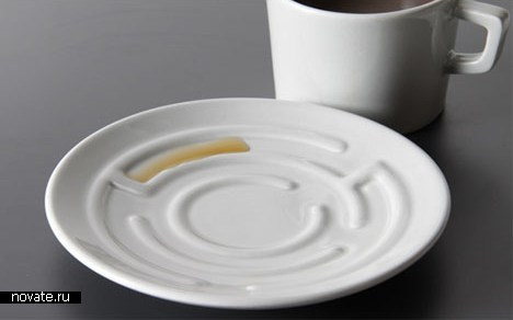 Пролить эспрессо можно стильно. «Посудные игры» от Erdemа Selekа