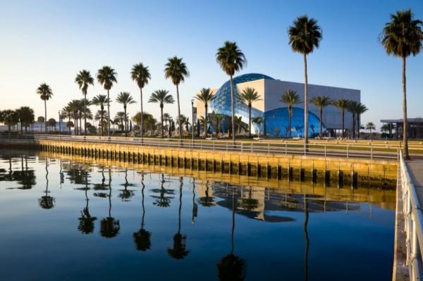Новое здание музея Salvador Dali Museum во Флориде (США)