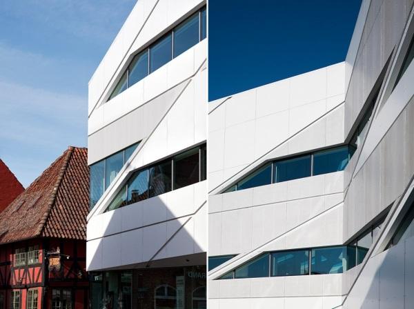 Здание банка Middelfart Savings Bank от 3XN в Дании