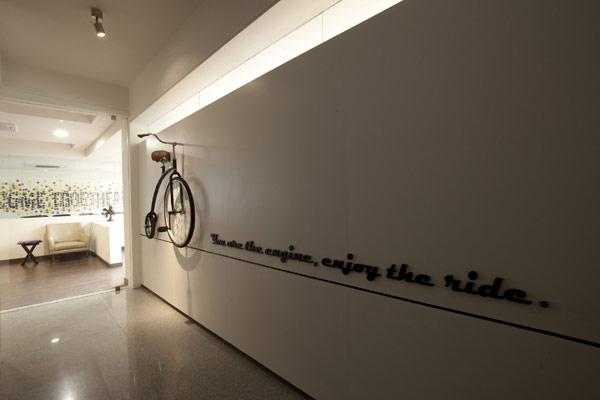 Офис WHITE CANVAS Offices – белый холст для креативных идей