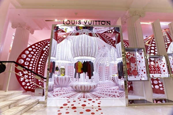 Футуристический фейерверк нового бутика Louis Vuitton в Лондоне