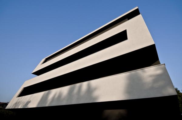 Жилой дом VC1 от Tisselli studio architetti в Италии