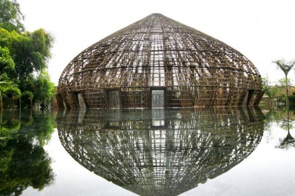 Культурно-развлекательный комплекс wNw Bar во Вьетнаме
