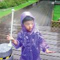Китайцы презентовали зонт-«невидимку»