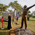 У штаб-квартиры НАСА в Хьюстоне почтили память Юрия Гагарина
