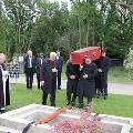 Лондонское кладбище предложило услугу онлайн-трансляции похоронной церемонии