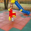 Безопасное детство: резиновое покрытие для спортивных и детских площадок