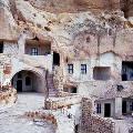 Необычный турецкий отель в скале