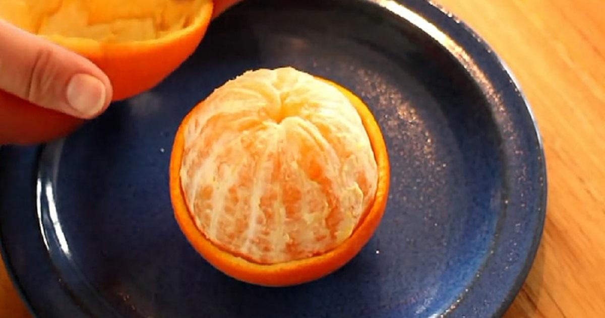 Лайфхак: как грамотно чистить апельсин, не испачкав руки