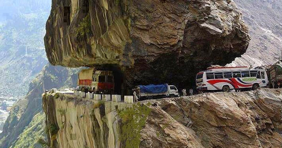 15 жутких дорог по всему миру, которые лучше объезжать стороной
