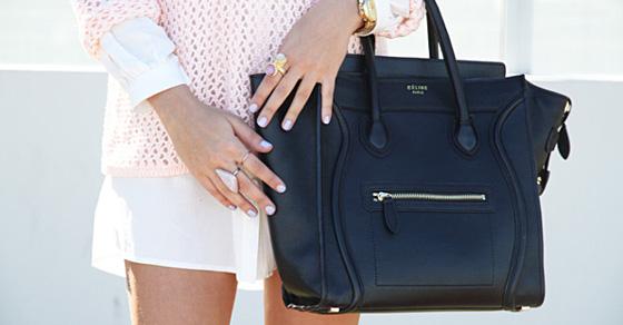 10 вещей, которые обязательно должны находиться в женской сумочке