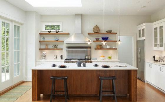 Как обойтись без настенных шкафчиков в кухне