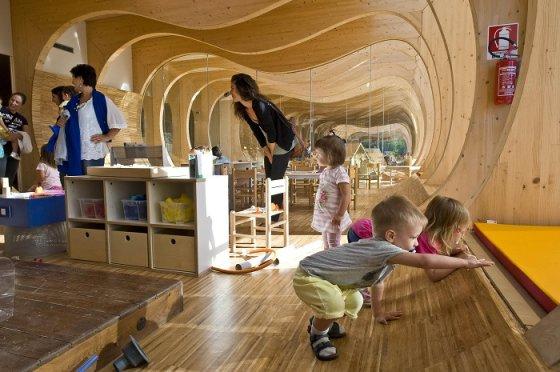 Волнообразный детский сад - познавательно и нескучно