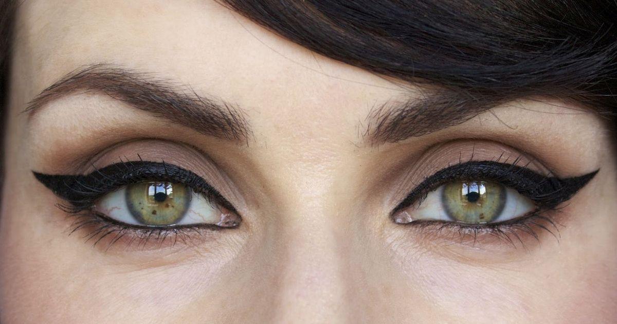 Идеальные стрелки: 5 правил, которые помогут сделать макияж, как у Софи Лорен и Мерлин Монро