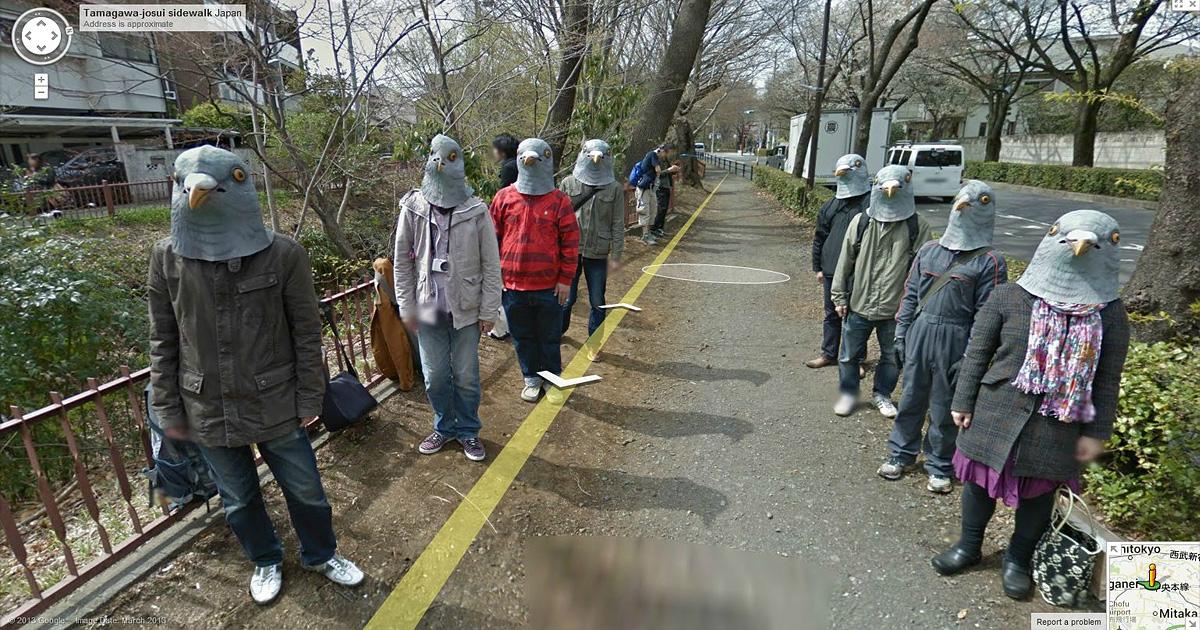 Осторожно, вас снимает скрытая камера: 19 забавных сцен зафиксированных с помощью Google Street