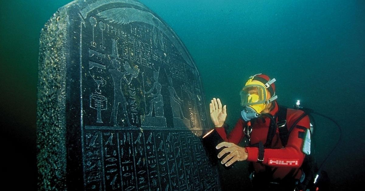 10 древних артефактов, обнаруженных в морских глубинах