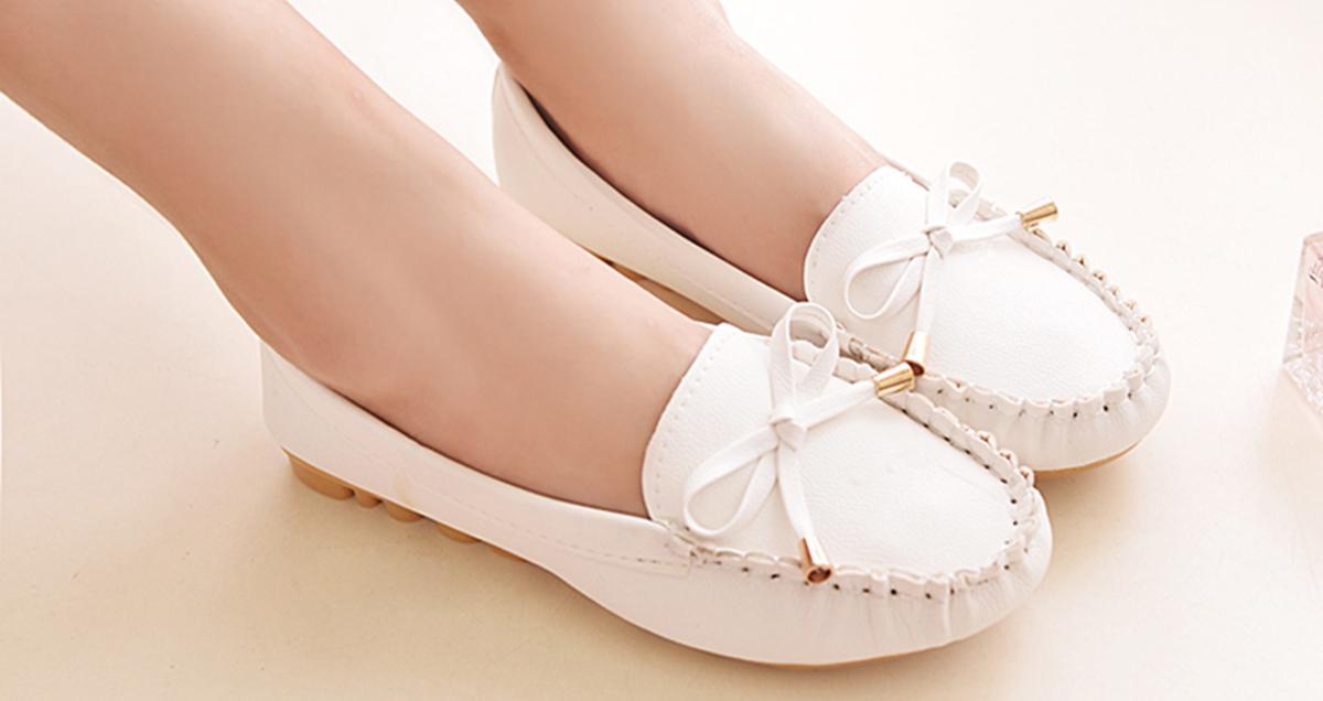 Как правильно ухаживать за белой кожаной обувью