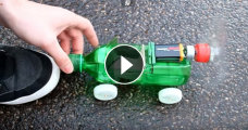 Гаджеты: Делаем игрушечную машинку своими руками из старого CD-ROM и пластиковой бутылки