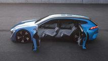 Инновационный гибрид Peugeot с функцией автономного управления и «умного дома»