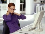 И шея не болит: 7 простых упражнений для тех, кто много времени проводит за компьютером