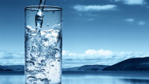 7 причин, по которым каждое утро стоит начинать со стакана тёплой воды