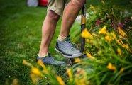 Радость дачника: в продажу поступили идеальные кроссовки для работ в саду и огороде