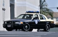 Автомобили: 9 особенностей полицейских машин, которые появились благодаря американцам