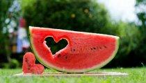 Лайфхак: 7 основных правил выбора вкусного и спелого арбуза на рынке и в супермаркете