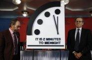 Общество: Часы Судного дня: почему их стрелки никогда не должны показывать полночь
