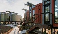 Архитектура: Отель, выполненный из контейнеров, привлекает особенным дизайном