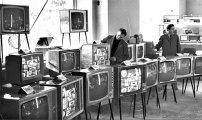 Общество: Почему корпусы советских телевизоров делали из дерева, а не из пластика