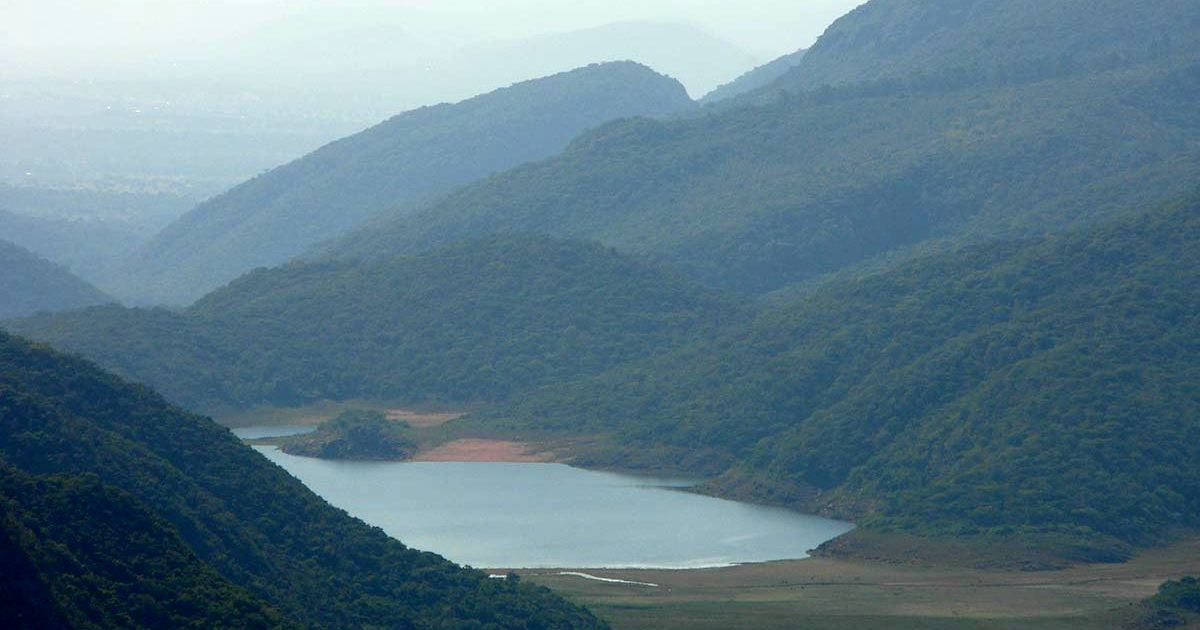 Общество: Наука или мистика: почему из озера Фундудзи не получится взять с собой воду